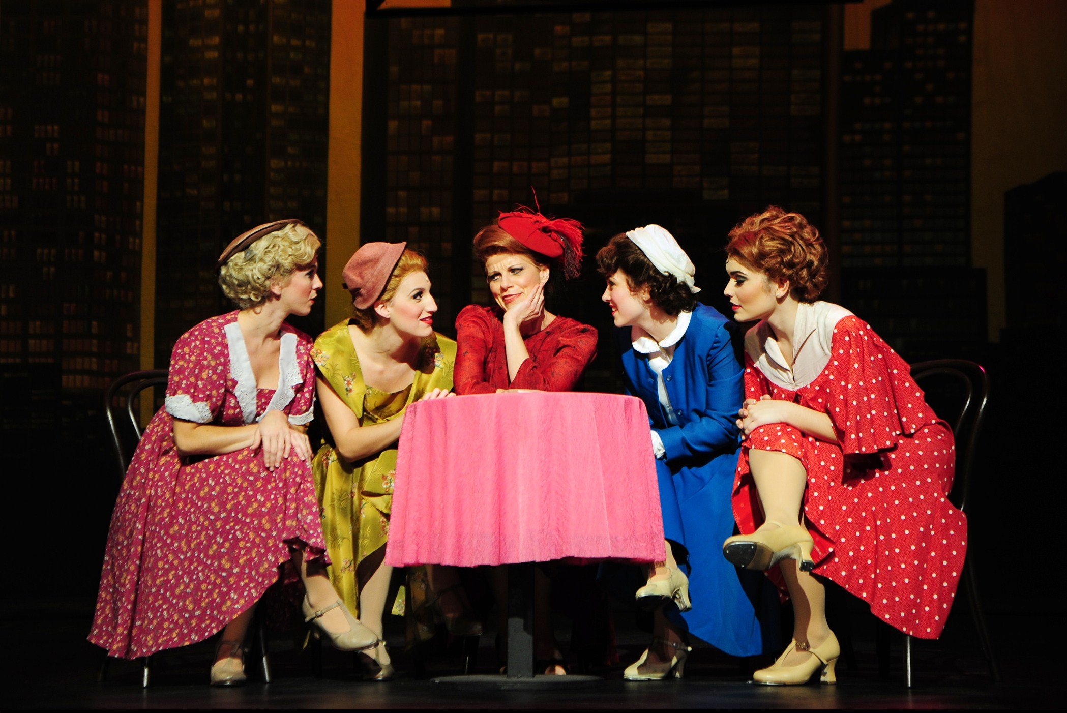 los angeles theater review 42nd street carpenter performing arts
