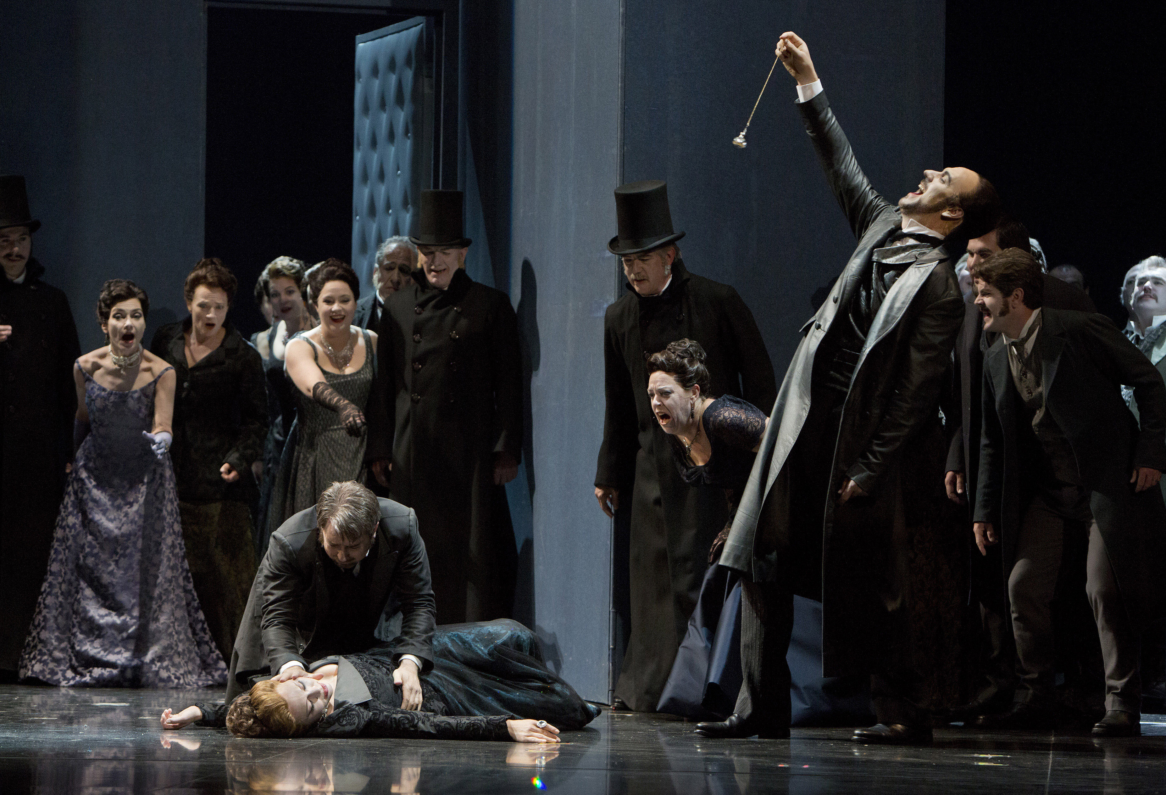an analysis of the san francisco opera features Adler concert with the san francisco opera orchestra saturday, december 8, 7:30pm herbst theatre, 401 van ness ave, san francisco save the date for an exciting night of unforgettable music featuring the renowned san francisco opera resident artists, the 2018 adler fellows, in their final concert of the year.