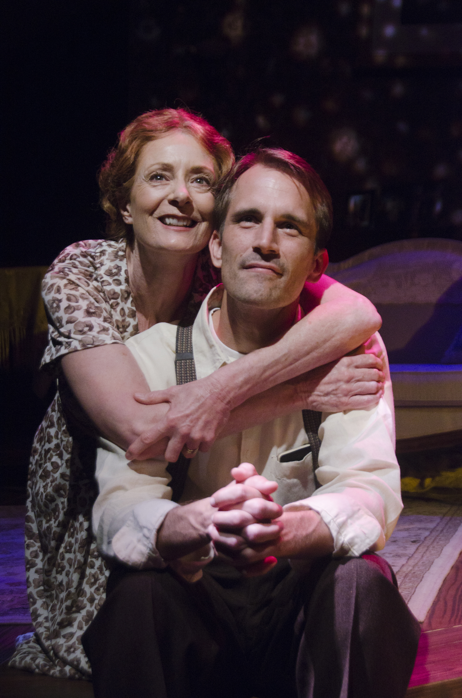 glass menagerie essay glass menagerie jpg times the final project  regional theater review the glass menagerie cygnet theatre at the glass menagerie by tennessee williams at