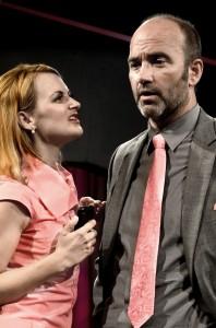 Paul Kubicki's Stage and Cinema review of Trap Door's SMARTPHONES in Chicago