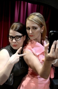 Paul Kubicki's Stage and Cinema review of Trap Door's SMARTPHONES in Chicago