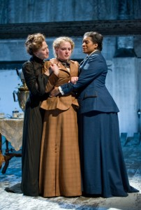 Dan Zeff's Stage and Cinema Review of Steppenwolf's THREE SISTERS in Chicago