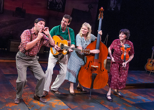 Dan Zeff's Stage and Cinema review of WOODY SEZ at NORTHLIGHT in Chicago