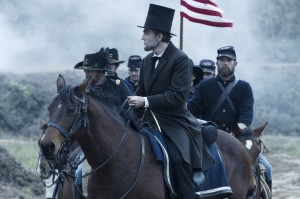 Kevin Bowen's Stage and Cinema review of Dreamworks Pictures' LINCOLN