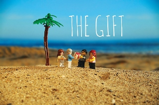 Post image for Los Angeles Theater Review: THE GIFT (Geffen Playhouse)