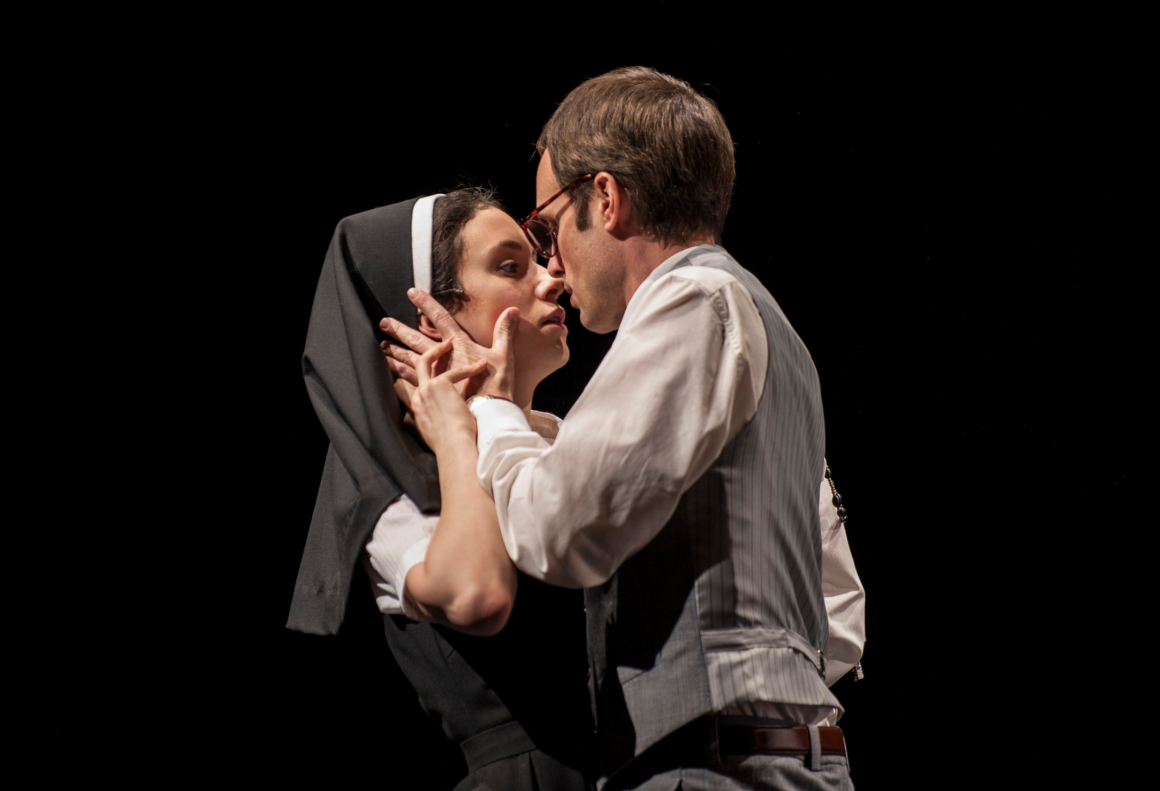 a review of shakespeares play measure for measure London theater review: 'measure for measure' at shakespeare's globe   production: a shakespeare's globe production of a play in five acts.