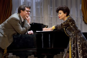 Harvey Perr's Stage and Cinema review of END OF THE RAINBOW