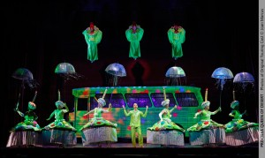 Lawrence bommer's Stage and Cinema review of PRISCILLA QUEEN OF THE DESERT National Tour