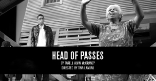 Post image for Chicago Theater Review: HEAD OF PASSES (Steppenwolf Theatre Company)