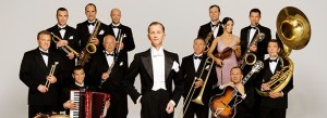 Tony Frankel's Stage and Cinema LA feature of Max Raabe & Palast Orchester at Walt Disney Concert Hall