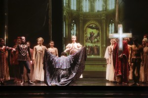 "Lawrence Bommer's Stage and Cinema review of the Joffrey's ""Othello."""