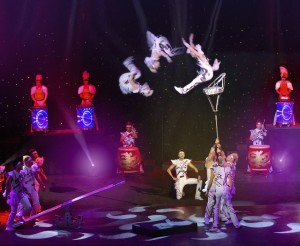 Lawrence Bommer's Stage and Cinema review of Cirque Shanghai's DRAGON'S THUNDER, Navy Pier Chicago