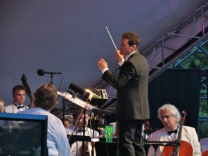 Tony Frankel's Stage and Cinema review of Pasadena POPS and Michael Feinstein.