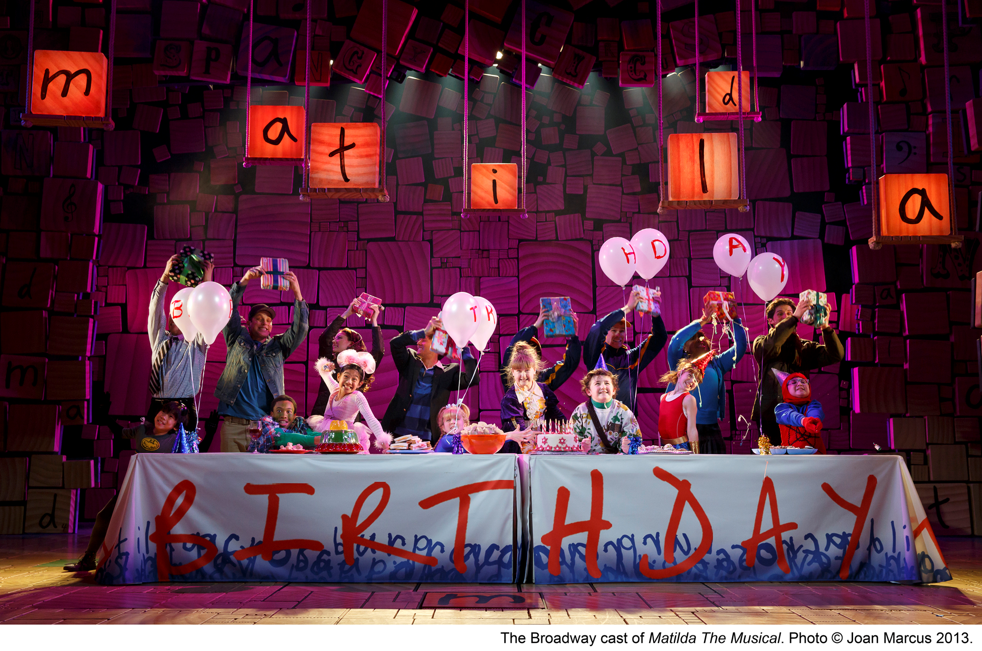 Broadway theater review matilda the musical shubert theatre for The brodway