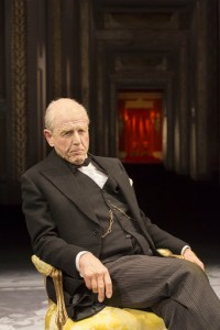 """Tony Frankel's Stage and Cinema film review of """"The Audience"""" at Gielgud Theatre, London / National Theatre Live."""