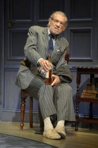 "Tony Frankel's Stage and Cinema Bay Area review of Harold Pinter's ""No Man's Land"" at Berkeley Repertory Theatre's Roda Theatre. Starring Ian McKellen, Patrick Stewart, Billy Crudup, and Shuler Hensley."