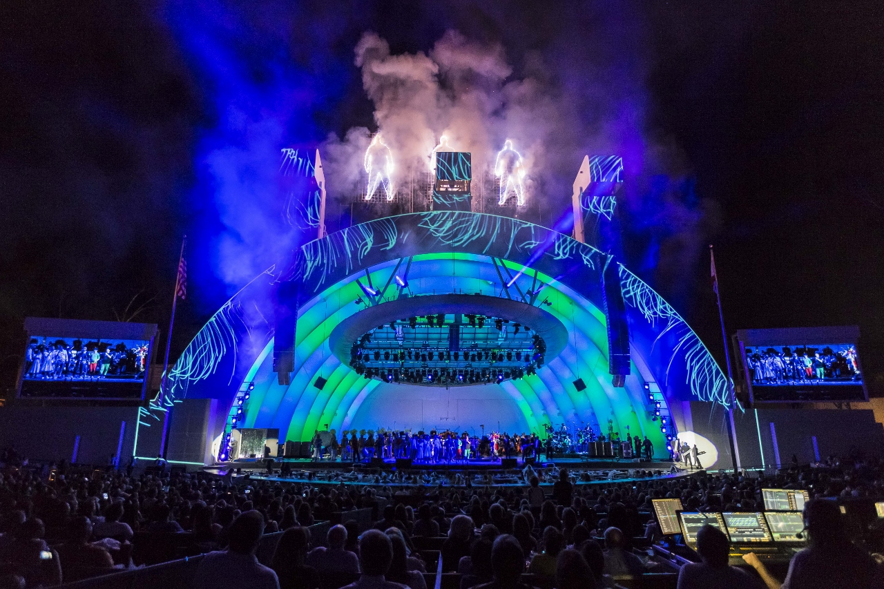 Hollywood Bowl Concerts >> Los Angeles Theater Review Blue Man Group In Concert Hollywood Bowl