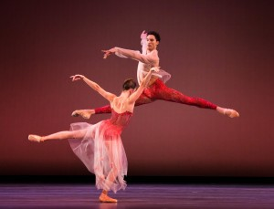 Lawrence Bommer's Stage and Cinema Chicago review of in The Joffrey Ballet's RUSSIAN MASTERS.