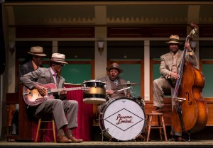 "Lawrence Bommer's Stage and Cinema Chicago review of Cheryl L. West's ""Pullman Porter Blues"" at the Goodman Theatre, directed by Chuck Smith."