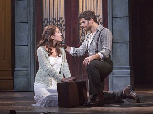 Kyristina Alabado as the Mistress and Josh Young as Che in the national tour of Evita.