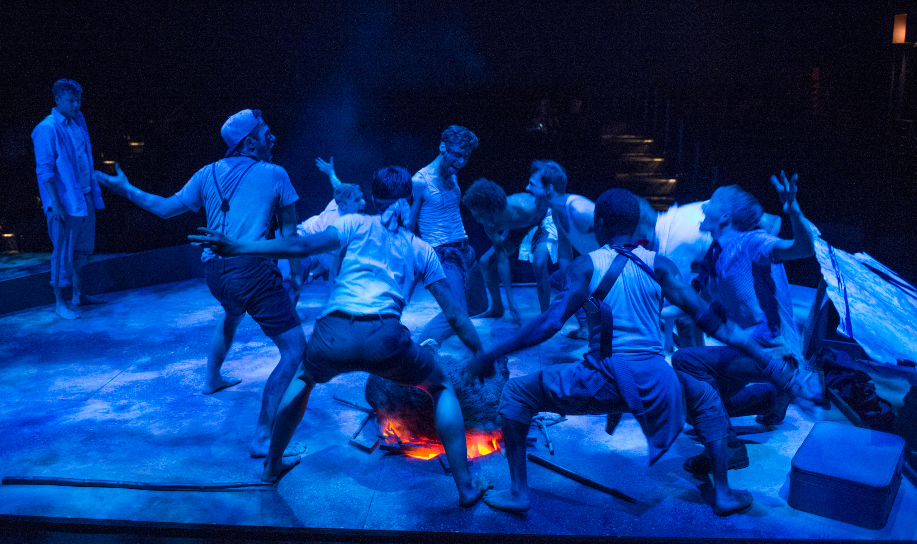 chicago theater review lord of the flies steppenwolf