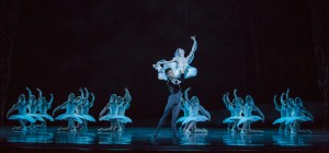 Victoria Jaiani and Dylan Gutierrez with ensemble in Joffrey Ballet's LA BAYADÈRE-THE TEMPLE DANCER.