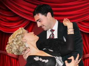 Cat Hermes as Marion Davies and Rob Ibanez as Clark Gable
