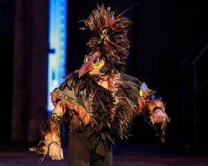 Pak Ngurah Kertayuda from Indonesian Dance of Illinois as The Hoopoe in Redmoon's WINTER PAGEANT.