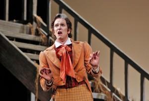 Bass Kevin Burdette is Dulcamara in San Diego Opera's THE ELIXIR OF LOVE.