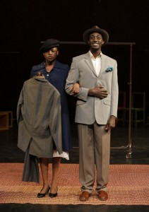 Nonhlanhla Kheswa and Ivanno Jeremiah in Théâtre Des Bouffes du Nord and Peter Brook's THE SUIT - Photo by Pascal Victor.