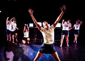 From Kate Hutter's I RAN, L.A. Contemporary Dance Company, photo by Taso Papadakis.