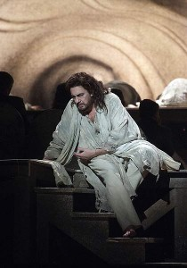 Placido Domingo as Athanael in a scene from THAIS (photo by Tato Baeza, courtesy of the Palau de ses Arts Reina Sofia, Valencia)