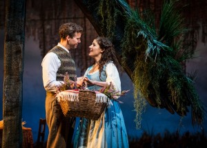 Kevin Earley (Tommy Albright) and Jennie Sophia (Fiona MacLaren) in BRIGADOON at the Goodman Theatre.
