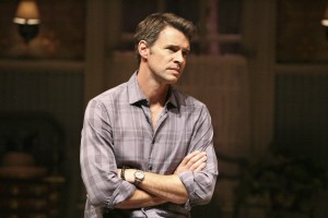 Scott Foley in THE COUNTRY HOUSE
