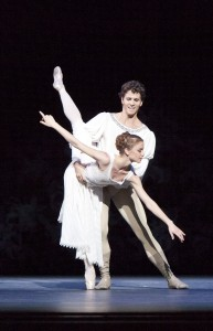 Guillaume Côté and Elena Lobsanova in Romeo and Juliet, National Ballet of Canada