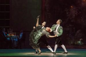 Anastacia Holden, Elivelton das Gracas, Aaron Smyth, and the Joffrey Ballet in Christopher Wheeldon's SWAN LAKE - Photo by Cheryl Mann.
