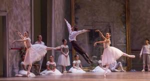 April Daly, Yoshihisa Arai, Amanda Assucena and the Joffrey Ballet in Christopher Wheeldon's SWAN LAKE - Photo by Cheryl Mann.