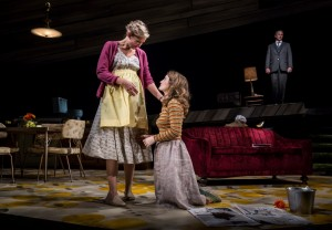 Katherine Keberlein (Violet), Catherine Combs (Beauty) and Guy Massey (Footnote) in Noah Haidle's Smokefall at Goodman Theatre