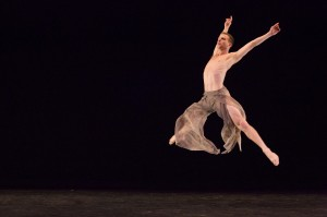 River North Dance Chicago_Hank Hunter_Choreography by Frank Chaves_Photo by Cheryl Mann