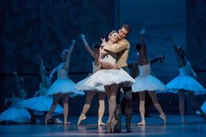 Victoria Jaiani, Dylan Gutierrez, and the Joffrey Ballet in Christopher Wheeldon's SWAN LAKE - Photo by Cheryl Mann.
