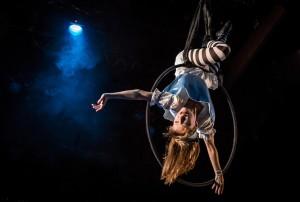 Lindsey Noel Whiting in Lookingglass Theatre Company's LOOKINGGLASS ALICE - photo by Liz Lauren.