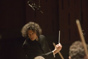 LPO conductor Vladimir Jurowski in rehersal with the orchestra in The Queen Elizabeth Hall, Southbank.(photography by RICHARD CANNON).