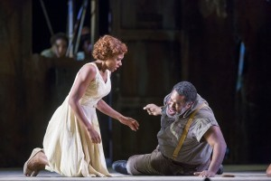 Adina Aaron and Eric Owens in PORGY AND BESS at Lyric Opera of Chicago. Photo by Todd Rosenberg.