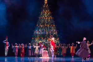 Joffrey - Nutcracker (1) - Photo by Cheryl Mann