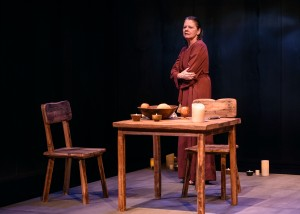 Linda Reiter in Victory Garden's production of THE TESTAMENT OF MARY by Colm Tóibín- photo by Michael Courier.