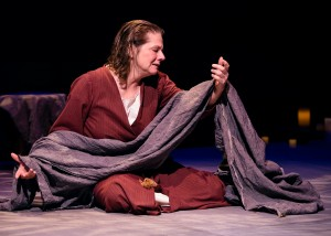 Linda Reiter stars in Victory Garden's production of THE TESTAMENT OF MARY by Colm Tóibín. (Photo by Michael Courier).
