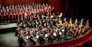 Orchestra-e-Coro-del-Teatro-Regio-di-Torino-diretti-da-Gianandrea-Noseda-photo by Lorenzo di Nozzi
