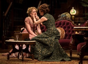 (L to R) Mary Beth Fisher (Birdie Hubbard) and Shannon Cochran (Regina Giddens) in The Little Foxes by Lillian Hellman, directed by Henry Wishcamper at Goodman Theatre (May 2 – June 7, 2015).