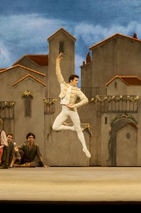 Don Quixote by Petipa,       , Original Choreography - Marius Petipa, Choreography - Carlos Acosta, Music - Minkus, Design - Tim Hatley, The Royal Ballet, 2013, Credit : Johan Persson/