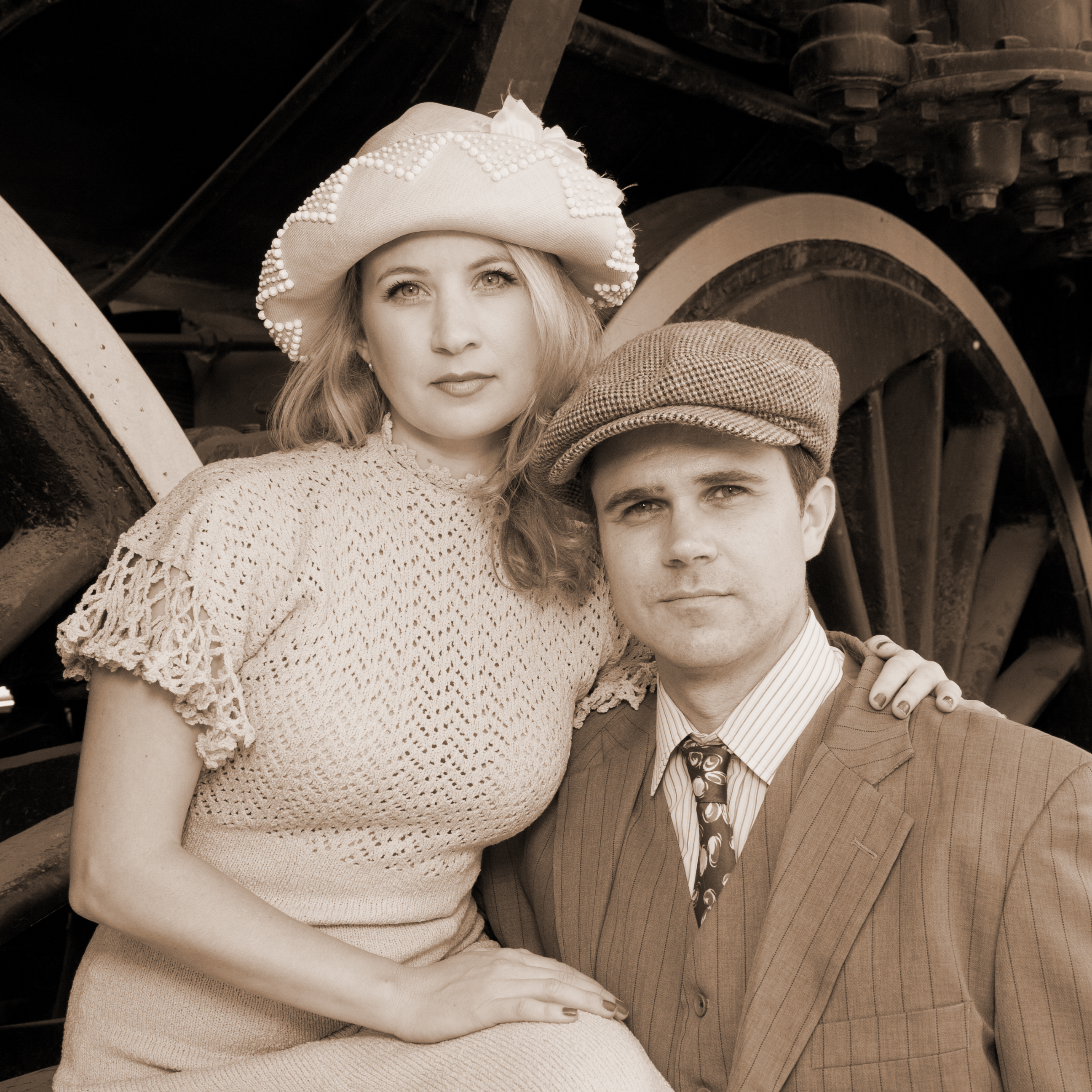 theatre preview bonnie and clyde musical theatre guild at the ashley fox linton and will collyer play bonnie and clyde in musical theatre guild s bonnie and